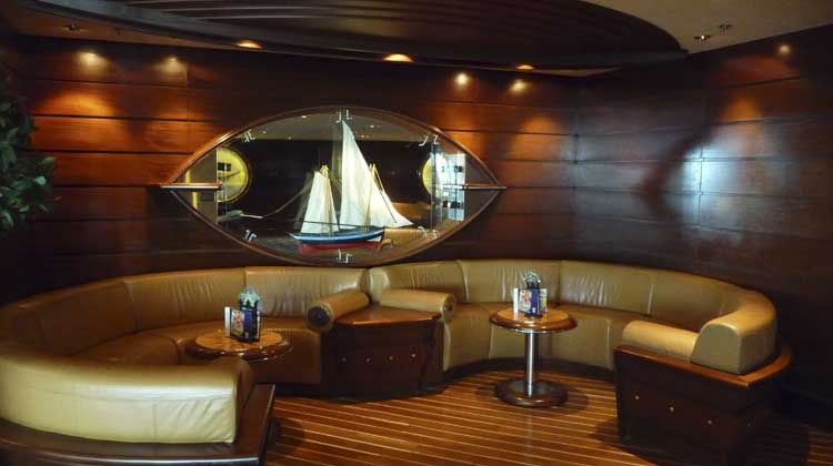 Royal Caribbean Schooner Lounge